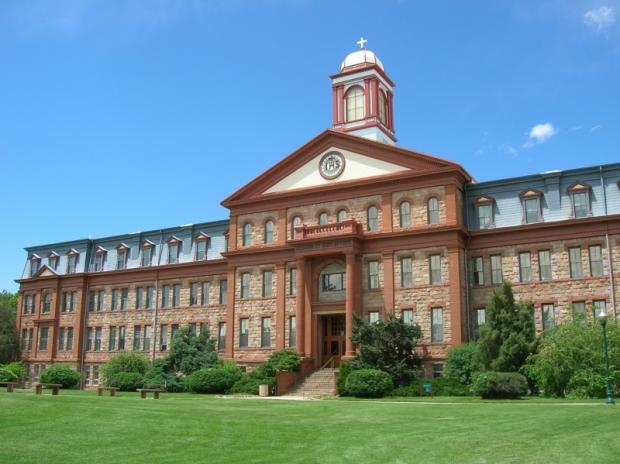 Regis_University-Main_Hall